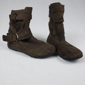 Girls Size 2 Brown Slouch Boots With Buckle